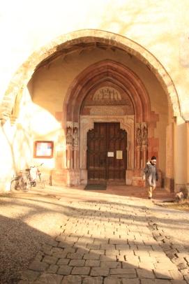 Salzburg_Roman Catholic Church grounds_0580